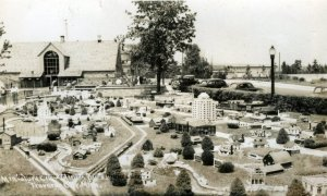 Miniature City, Clinch Park, 1940's
